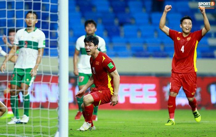 Công Phượng nổi giận vì bị đá xấu, cố kiềm chế không đánh cầu thủ Indonesia-8