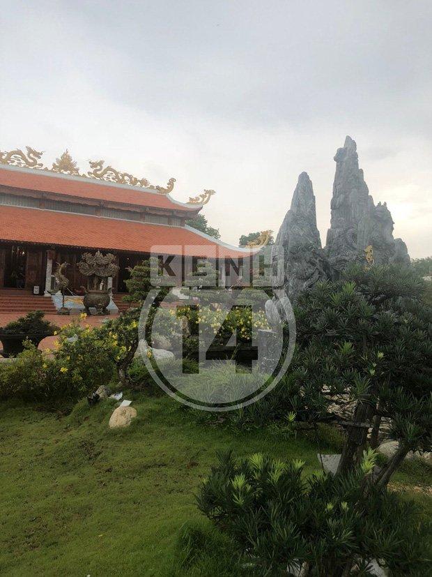 Về thăm Đền thờ Tổ nghiệp của NS Hoài Linh sau loạt lùm xùm từ thiện: Camera bố trí dày đặc, hàng xóm kể không bao giờ thấy mặt-11