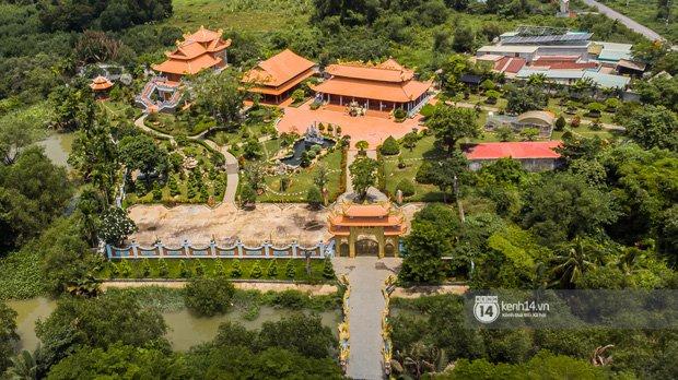 Về thăm Đền thờ Tổ nghiệp của NS Hoài Linh sau loạt lùm xùm từ thiện: Camera bố trí dày đặc, hàng xóm kể không bao giờ thấy mặt-4