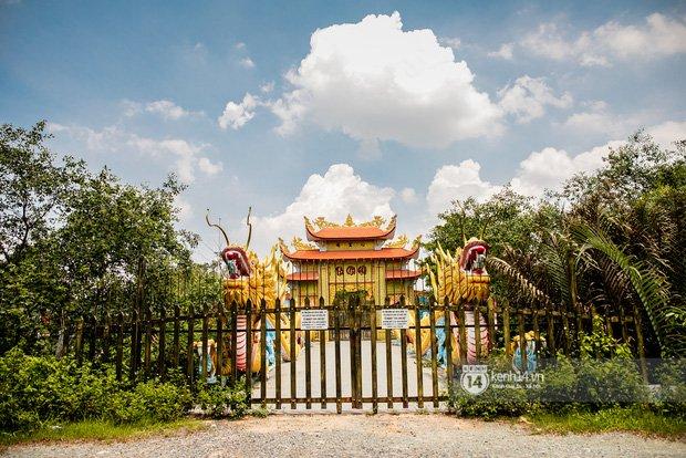 Về thăm Đền thờ Tổ nghiệp của NS Hoài Linh sau loạt lùm xùm từ thiện: Camera bố trí dày đặc, hàng xóm kể không bao giờ thấy mặt-9