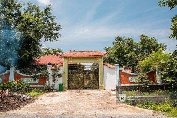 Về thăm Đền thờ Tổ nghiệp của NS Hoài Linh sau loạt lùm xùm từ thiện: Camera bố trí dày đặc, hàng xóm kể không bao giờ thấy mặt-6