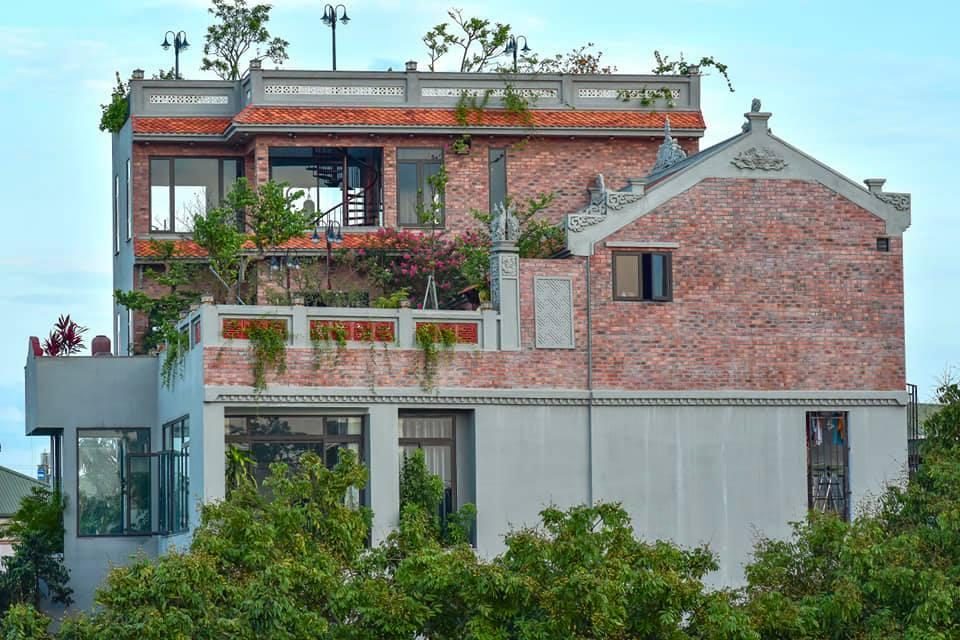 Nhà cổ nằm trên nóc biệt thự gần 500m2 ở Hà Nội-5
