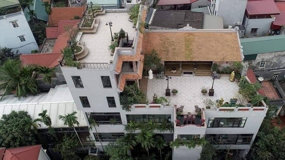Nhà cổ nằm trên nóc biệt thự gần 500m2 ở Hà Nội-19