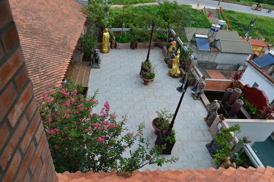 Nhà cổ nằm trên nóc biệt thự gần 500m2 ở Hà Nội-4