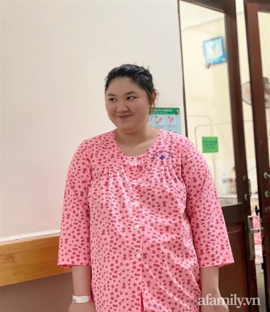 Mẹ Hà Nội đẻ lần đầu xinh đẹp vạn người mê, bầu lần 2 tăng vọt 40kg như bị biến hình khiến chồng đi công tác về không nhận ra vợ-9