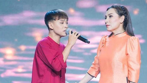 Phi Nhung tiết lộ thời gian cụ thể trả lại toàn bộ tiền cho Hồ Văn Cường