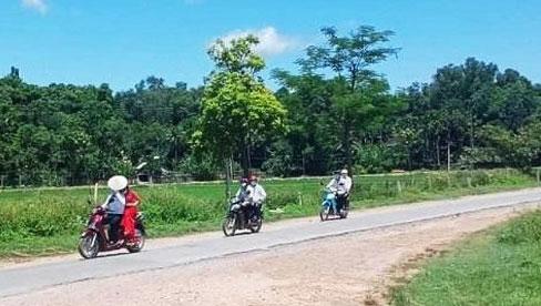 Màn rước dâu bằng xe máy có
