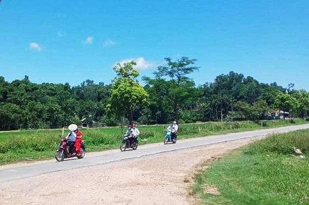 Màn rước dâu bằng xe máy có 1-0-2 ở Nghệ An giữa mùa dịch-1