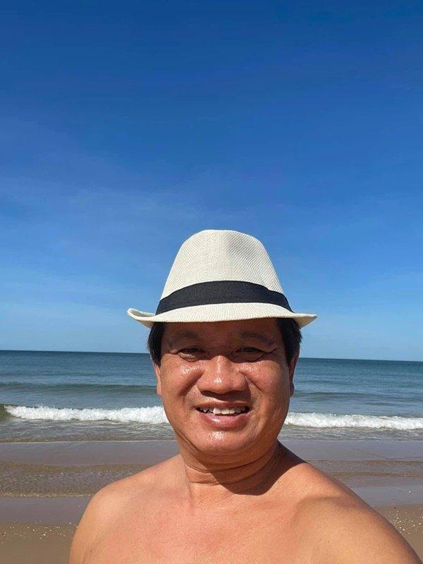 Bị mắng không hỏi Sài Gòn được một câu mà mải đi từ thiện, ông Đoàn Ngọc Hải liền đáp trả cực rắn-2