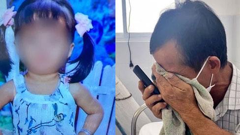 Cha mẹ đều mắc COVID-19 phải đi điều trị, bệnh viện điều xe cấp cứu đưa ông nội từ quê lên TP.HCM chăm sóc cháu, nhưng bé gái 6 tuổi cũng thành F0