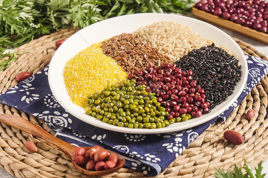Dinh dưỡng cho người bệnh đái tháo đường trong mùa dịch COVID-19-1
