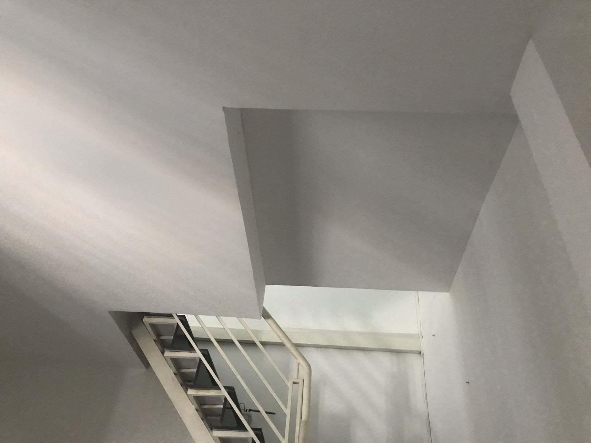 Nữ kiến trúc sư phá toang bức tường ngăn, thổi hồn cho ngôi nhà 36m2-21
