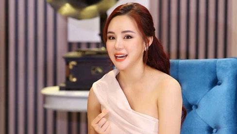 Vy Oanh đáp trả cực gắt khi bị netizen