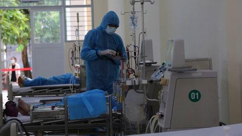 Một số bệnh nhân Covid-19 chuyển nặng nhanh dẫn đến suy hô hấp và tử vong, Sở Y tế TP.HCM ra văn bản khẩn
