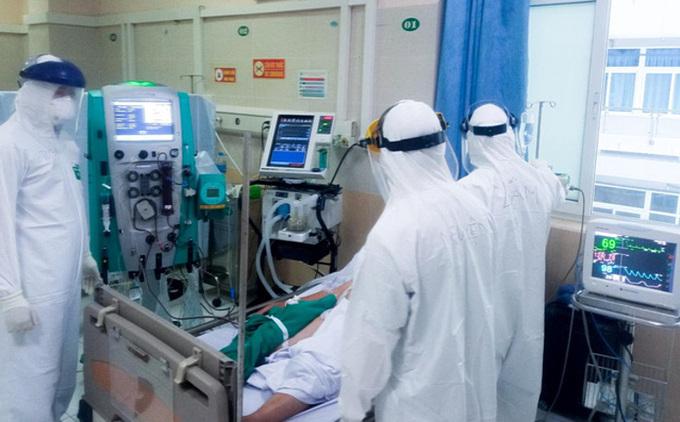 3 ca tử vong liên quan đến COVID-19 là bệnh nhân nam, cao tuổi ở TP Hồ Chí Minh và Bắc Ninh-1