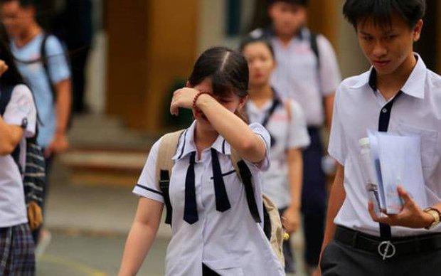 Nữ sinh bị mẹ bắt quỳ giữa sân trường vì không đỗ lớp 10 chính thức lên tiếng, hé lộ gia cảnh thương tâm-1