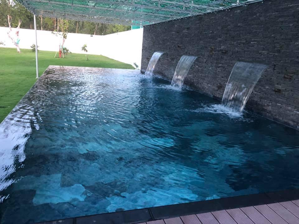 Siêu phẩm nhà cấp 4 rộng 300m2, gây mê với hồ bơi vô cực mini-5
