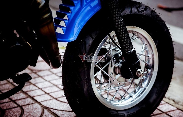 Minibike Yamaha Vogel độ khủng độc nhất Việt Nam giá hơn 400 triệu đồng-4