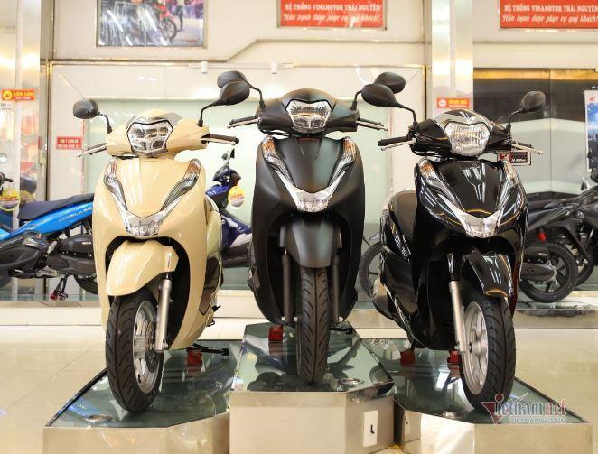 Ế ẩm do Covid-19, xe máy Honda SH, Vision giảm giá sốc đầu tháng 7-3