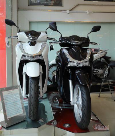 Ế ẩm do Covid-19, xe máy Honda SH, Vision giảm giá sốc đầu tháng 7-1