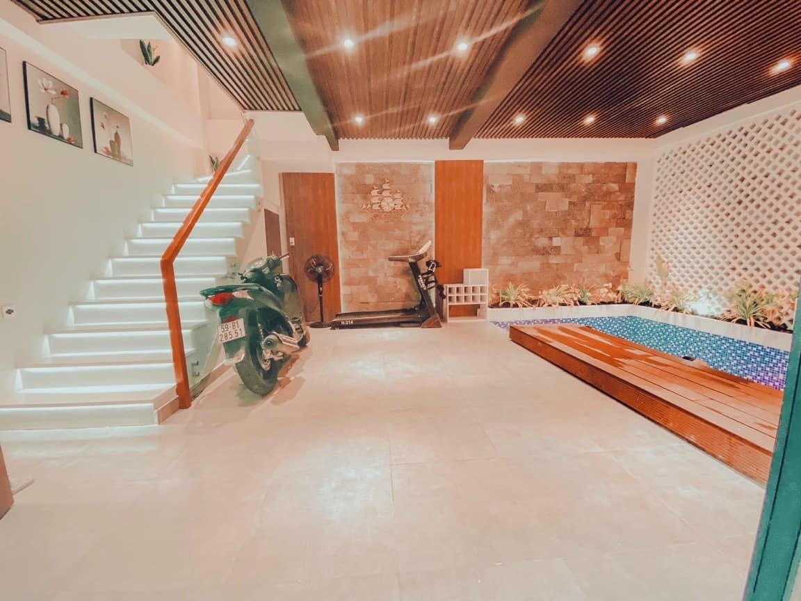Nhà diện tích 50m2 vẫn có hồ bơi, vườn gác mái nhờ thiết kế tài tình-2
