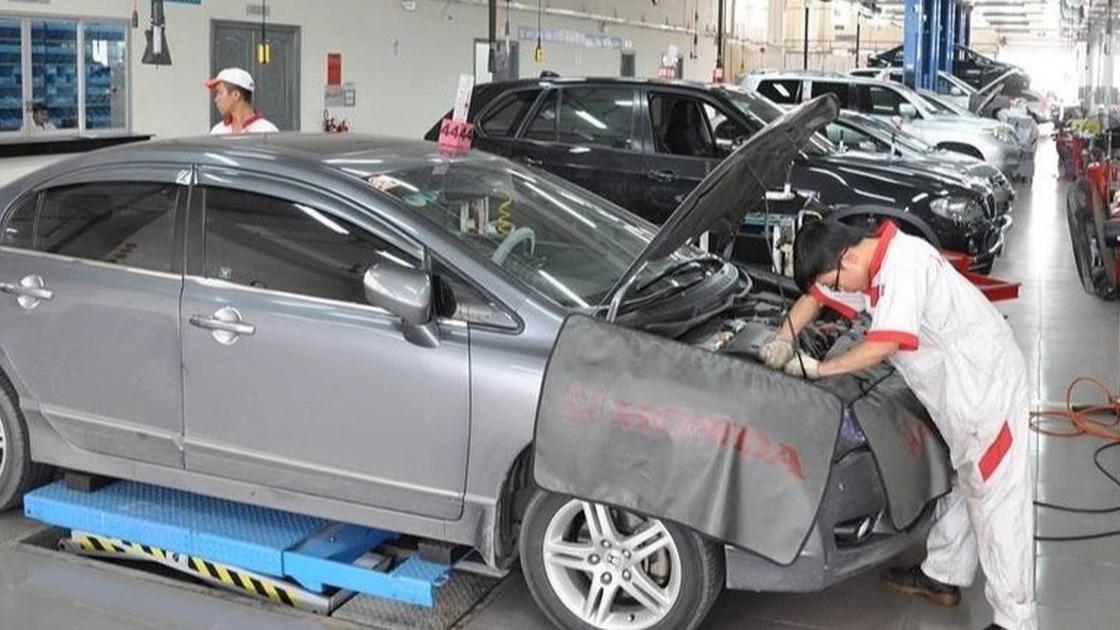 Tranh cãi chuyện ô tô bị từ chối bảo hành vì không... thay dầu chính hãng