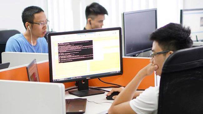 Thấy gì sau mức lương 'khủng' của kỹ sư IT?