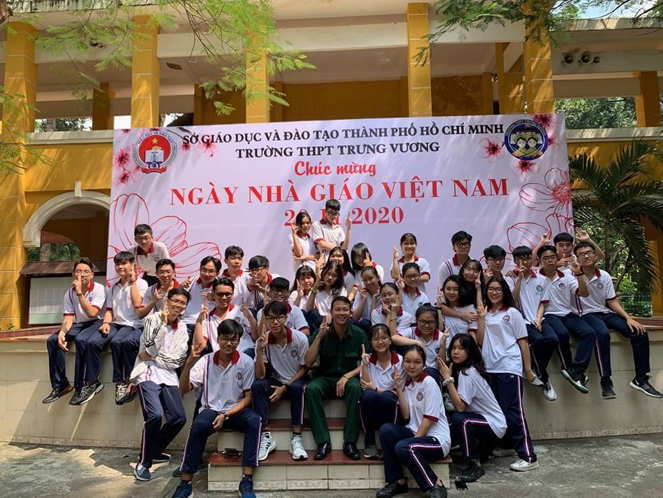 Nhật kí xúc động về mùa thi tốt nghiệp của phụ huynh ở Sài Gòn-1