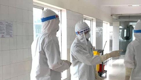 Hà Nội tiếp tục ghi nhận 4 ca dương tính SARS-CoV-2, trong đó có bé gái 1 tuổi trú tại quận Hoàng Mai