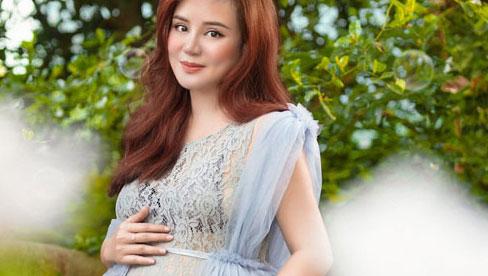 Vy Oanh gây xôn xao khi tháng 3/2021 công khai mang thai gần 8 tháng nhưng tới tháng 7 mới sinh con