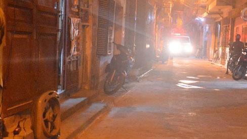 Hà Nội: Phong toả con ngõ tại quận Đống Đa, đưa ca bệnh từ F1 trở thành F0 đi cách ly