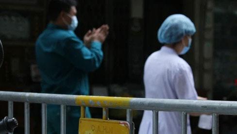 Hà Nội: Phong toả phố Hàng Mắm, lấy mẫu xét nghiệm sau 2 ca dương tính SARS-CoV-2