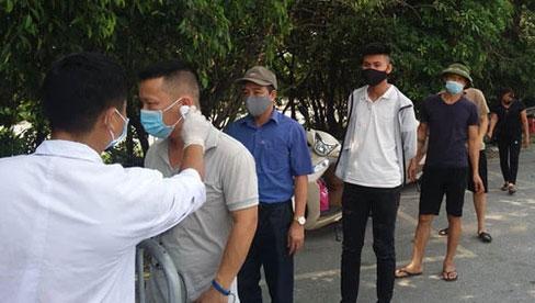 Nóng: Từ 0h ngày 19/7, Hà Nội yêu cầu tạm dừng tất cả các dịch vụ không thiết yếu, người dân ở tại nhà