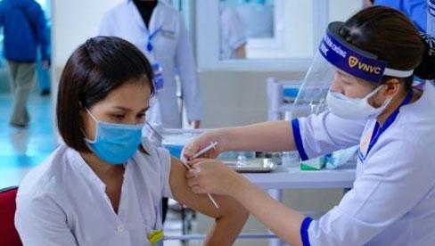 16 nhóm đối tượng được ưu tiên tiêm chủng vaccine COVID-19