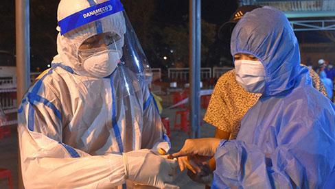 Hà Nội thêm 6 ca dương tính SARS-CoV-2, sống cùng 1 ngõ ở quận Hoàng Mai, cả ngày có tổng 46 ca