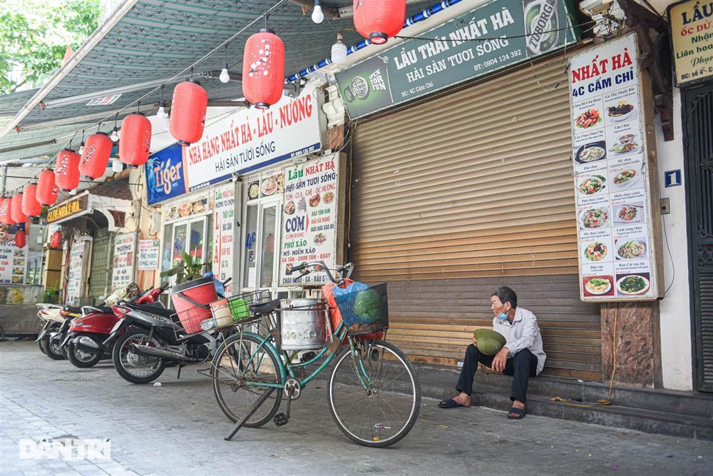 Cảnh cửa đóng then cài, đìu hiu ở phố ẩm thực không ngủ Hà Nội-10