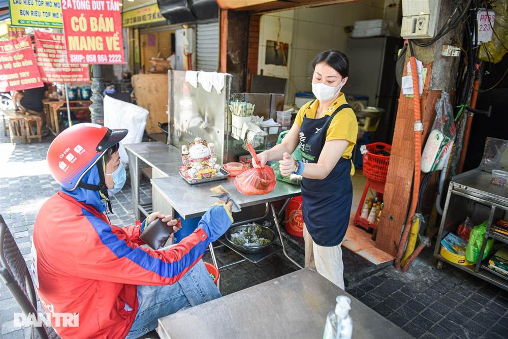 Cảnh cửa đóng then cài, đìu hiu ở phố ẩm thực không ngủ Hà Nội-5