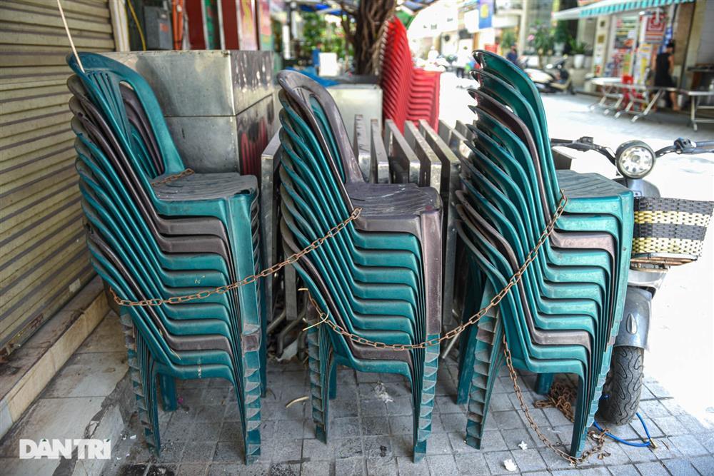 Cảnh cửa đóng then cài, đìu hiu ở phố ẩm thực không ngủ Hà Nội-6