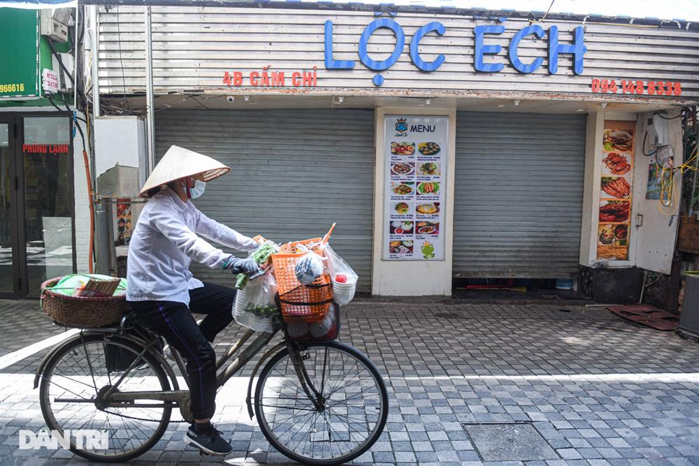 Cảnh cửa đóng then cài, đìu hiu ở phố ẩm thực không ngủ Hà Nội-8