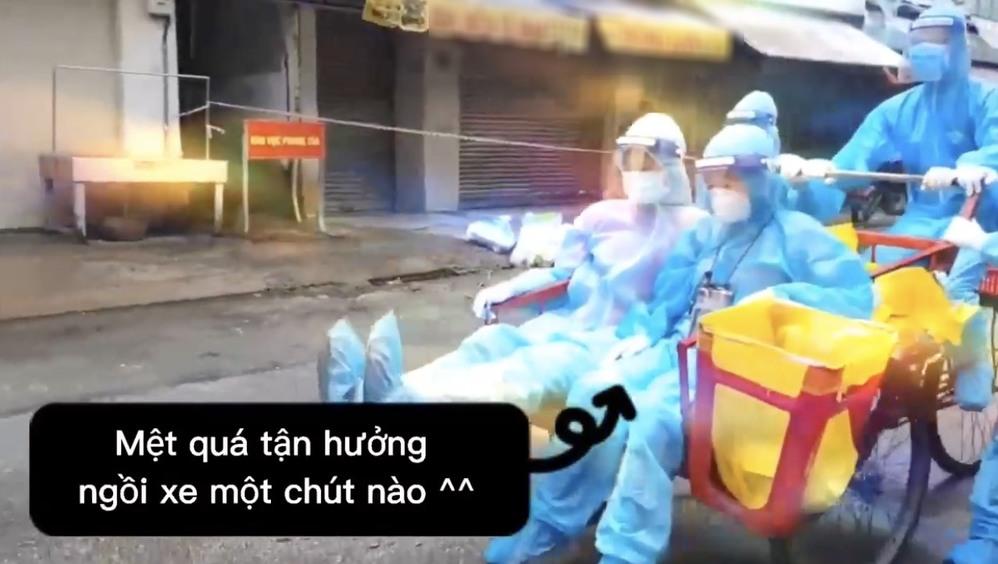 Cận cảnh xe ba gác tự chế của nhân viên y tế TP.HCM-3