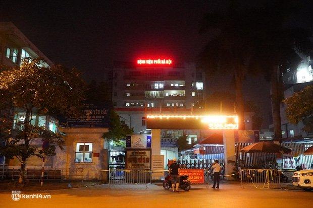 NÓNG: Phát hiện 9 ca dương tính SARS-CoV-2, Bệnh viện Phổi Hà Nội tạm dừng tiếp nhận bệnh nhân-5