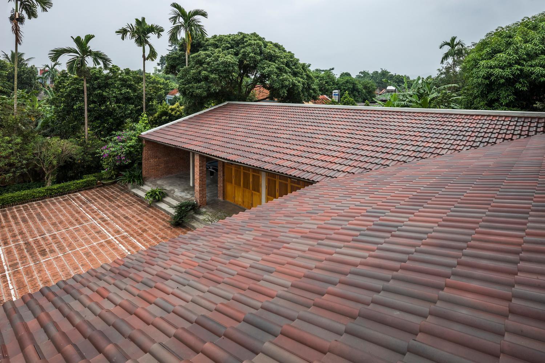 Mê mẩn với nhà gạch gỗ xoan nhiều cửa ở Phú Thọ-8