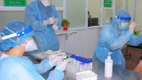 Hà Nội ghi nhận 21 ca dương tính SARS-CoV-2, trong đó 9 ca tại Bệnh viện Phổi