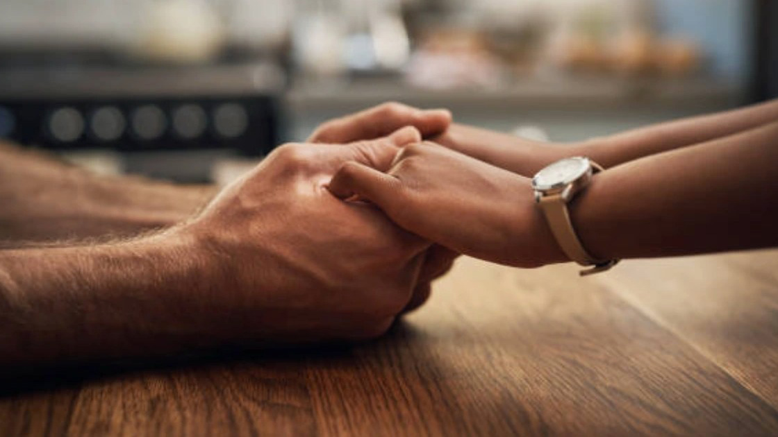 Vợ chồng cần 'biết thua' nhau