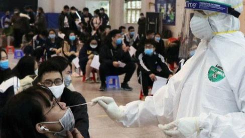 Sáng 30/7, Hà Nội ghi nhận 17 trường hợp dương tính với SARS-CoV-2 tại 7 quận, huyện