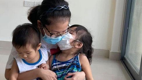 Cả gia đình F0, người lớn có bệnh nền, trẻ nhỏ 10 tháng tuổi cùng nhiễm bệnh: Họ đã làm gì để cùng chiến thắng Covid-19?