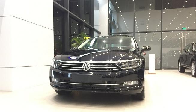 Thêm 13 ô tô giảm giá sập sàn đến 200 triệu đồng-1