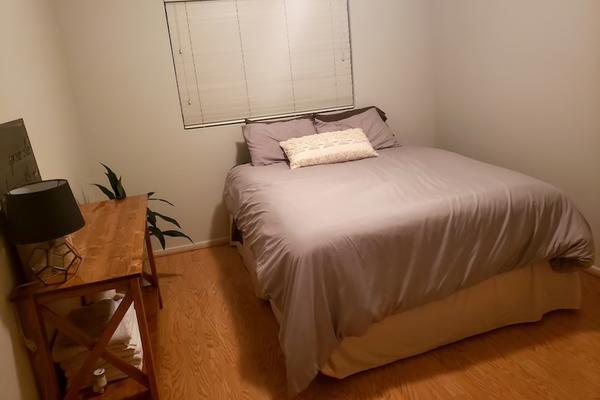 Phòng ngủ 'lột xác' bất ngờ với chi phí chưa tới 20 triệu đồng-1