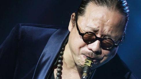 Nhạc sĩ saxophone Trần Mạnh Tuấn bị đột quỵ, chẩn đoán vỡ mạch máu não