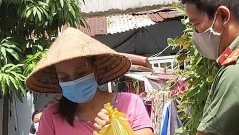 TP.HCM: Người dân không tự đi chợ trong 2 tuần tới, thực phẩm sẽ được đưa đến tận nhà
